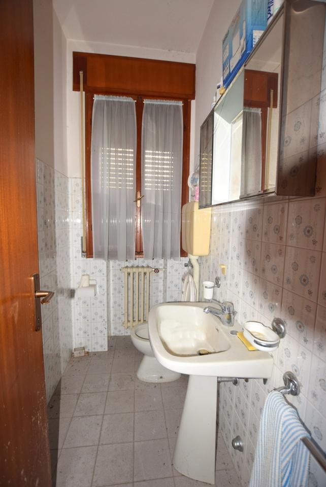 Accordi immobiliari s r l casa terreno appartamento for Case in stile capannone
