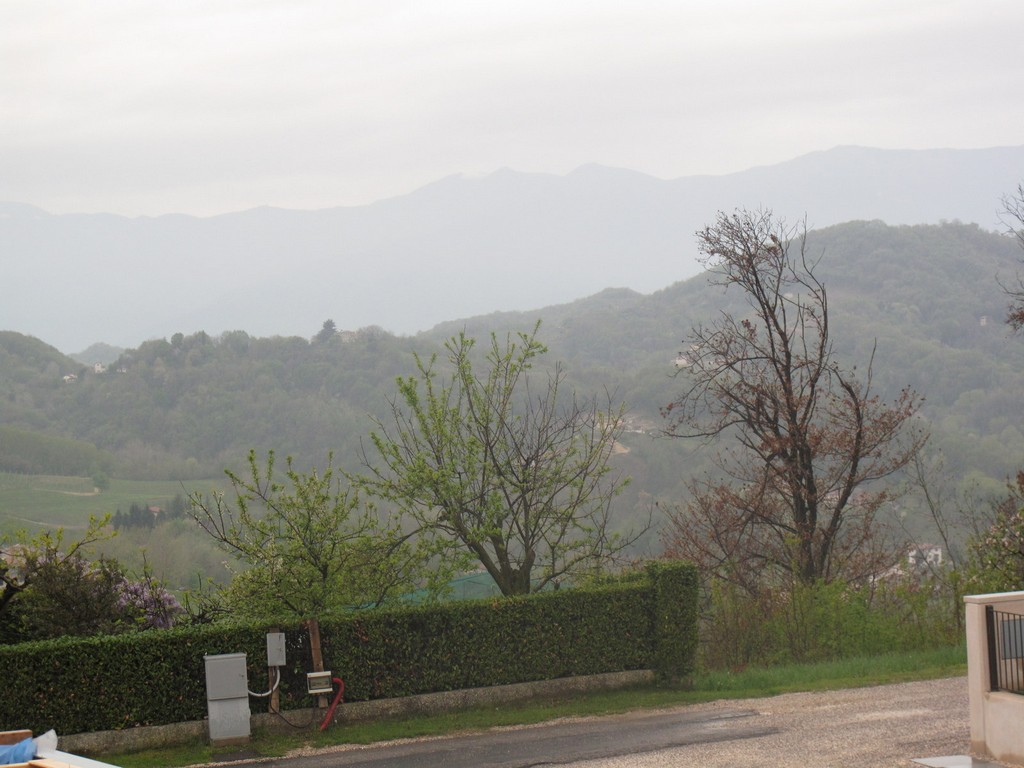 cerca San Pietro Di Feletto  VILLA A SCHIERA VENDITA