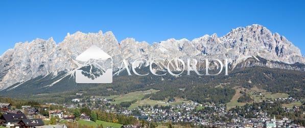 cerca Cortina D'ampezzo  APPARTAMENTO VENDITA